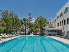 Hotel Makarios (Super First Minute 2021)